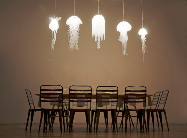 Jellyfish-Inspired-Medusae-Collection-Lighting-by-Roxy-Russell-1
